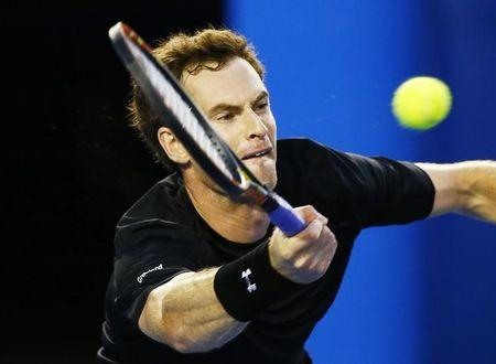 Kyrgios and tricky wind cannot stop Murray march