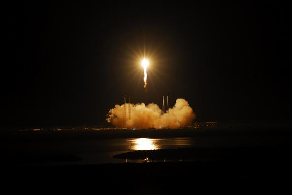 Private SpaceX Rocket Launch Tonight Visible from US East Coast