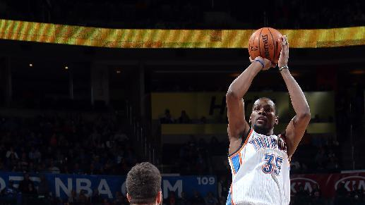 Durant scores 33 to lead Thunder past Bucks 101-85