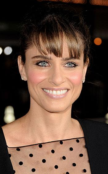 Amanda Peet Pens New Play; Blythe Danner, Sarah Jessica Parker in Talks to Star