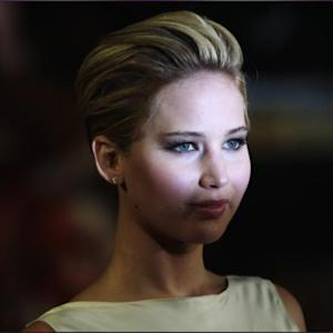 Jennifer Lawrence Hits Catching Fire's London Premiere With Pixie Cut, Blackless Dress