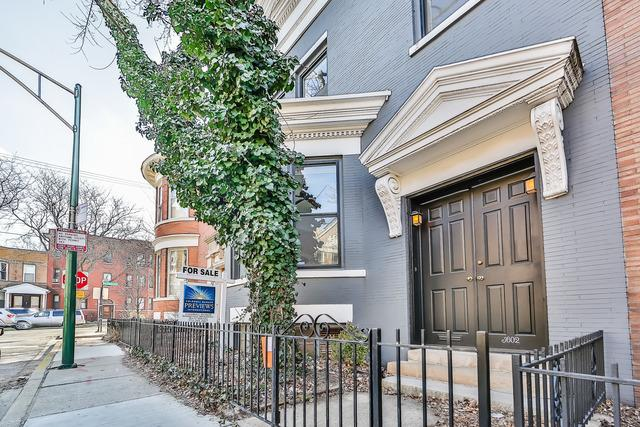 Updated Three Bedroom in Wrigleyville Seeks $735K