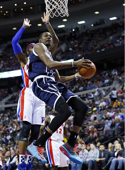 Durant carries Thunder to 119-110 win over Pistons