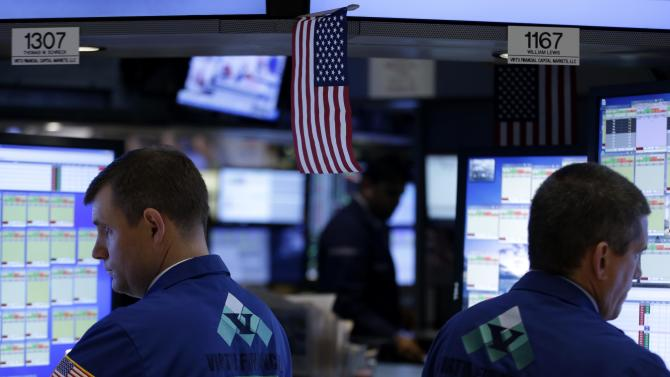 Stocks waver before Fed releases minutes