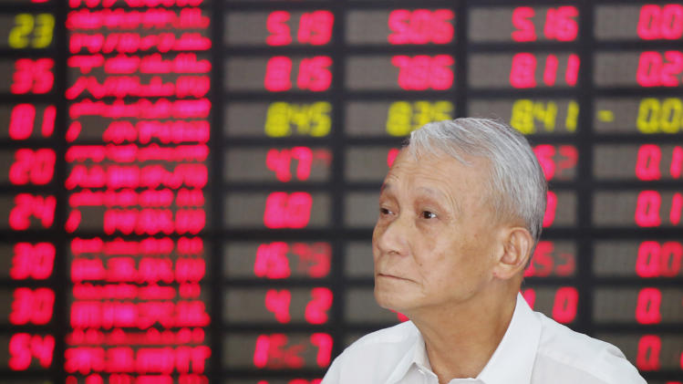 Asian markets step back despite US service gains