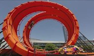 Hot Wheels Set Record With Double Loop Dare