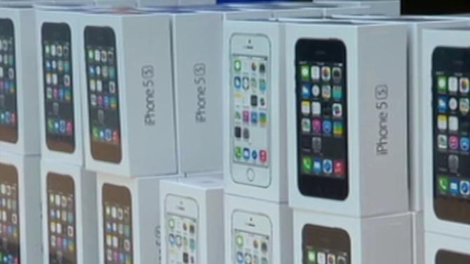 Here's why Apple is cheap right now: Analysts