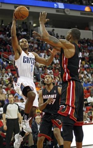 Heat beat Bobcats 98-92 in preseason game