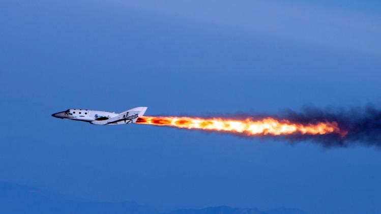 Virgin Galactic spaceship makes 1st powered flight