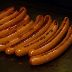 Hot Dogs: Emblem of the American summer