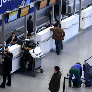JetBlue to begin charging for luggage