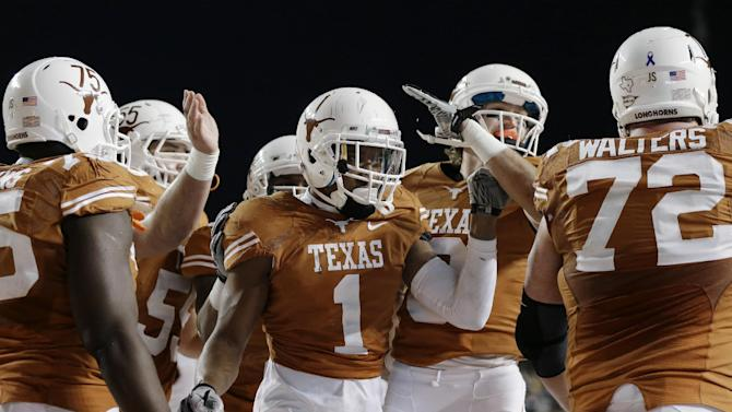 Texas alive in Big 12, beats Texas Tech 41-16