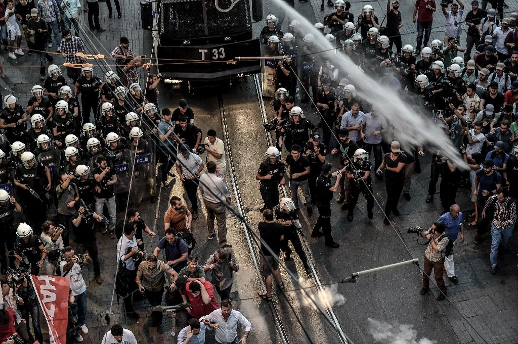 Turkish police fire tear gas to break up Istanbul protest