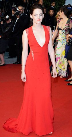 Kristen Stewart Flaunts Cleavage in Plunging Red Gown