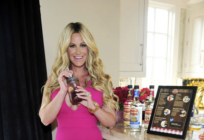 Kim Zolciak Biermann teams up with Mama Walker's(TM) breakfast inspired liqueurs to celebrate upcoming National Breakfast for Dinner Day on April 26
