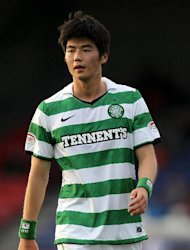 Ki Sung-yueng wants to leave Celtic, according to Johan Mjallby