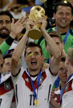 Miroslav Klose retires from German national team