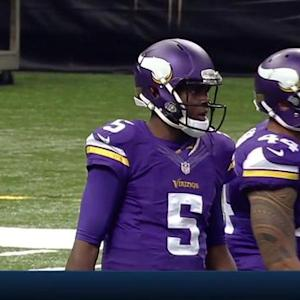 Minnesota Vikings rookie quarterback Teddy Bridgewater makes first NFL completion
