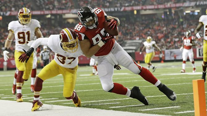 Gonzalez eager to shine in final NFL road game