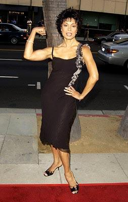 Premiere: Valarie Pettiford at the Beverly Hills premiere of Paramount's Serving Sara - 8/20/2002