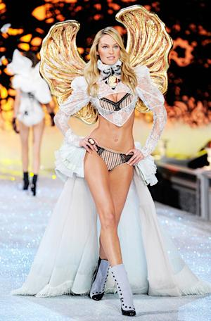 PICTURE: Victoria's Secret Angel Candice Swanepoel Flaunts Shrunken Stomach on Instagram Before Show