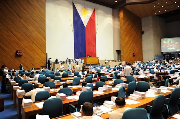 Philippine legislators vote for the Reproductive Health Bill (RH) in Manila on December 17, 2012. Philippine Catholic leaders have vowed to overturn a birth control bill after lawmakers passed landmark legislation to make sex education and contraceptives more widely available