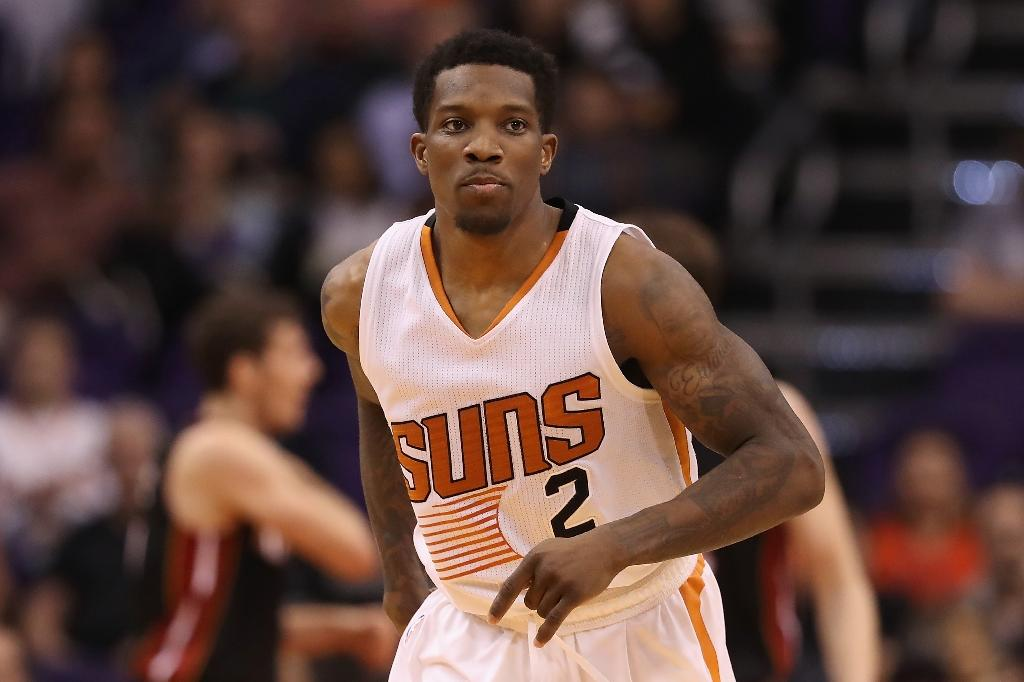 Suns burn Raptors, 'Wolves rally past Nuggets