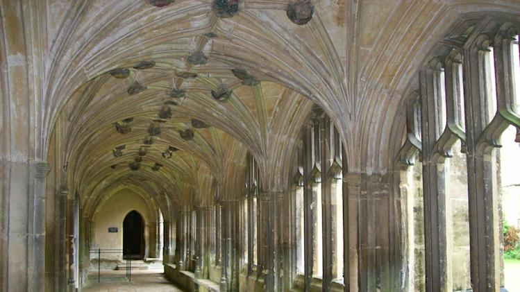 Lacock Abbey in Wiltshire is one of the locations filmed to show Hogwarts School in the Harry Potter films.