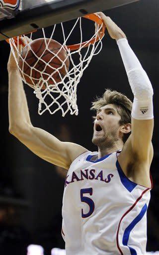 No. 7 Kansas beats No. 11 K-State for Big 12 title