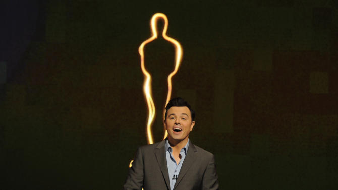 MacFarlane gets Oscar-hosting advice from Crystal