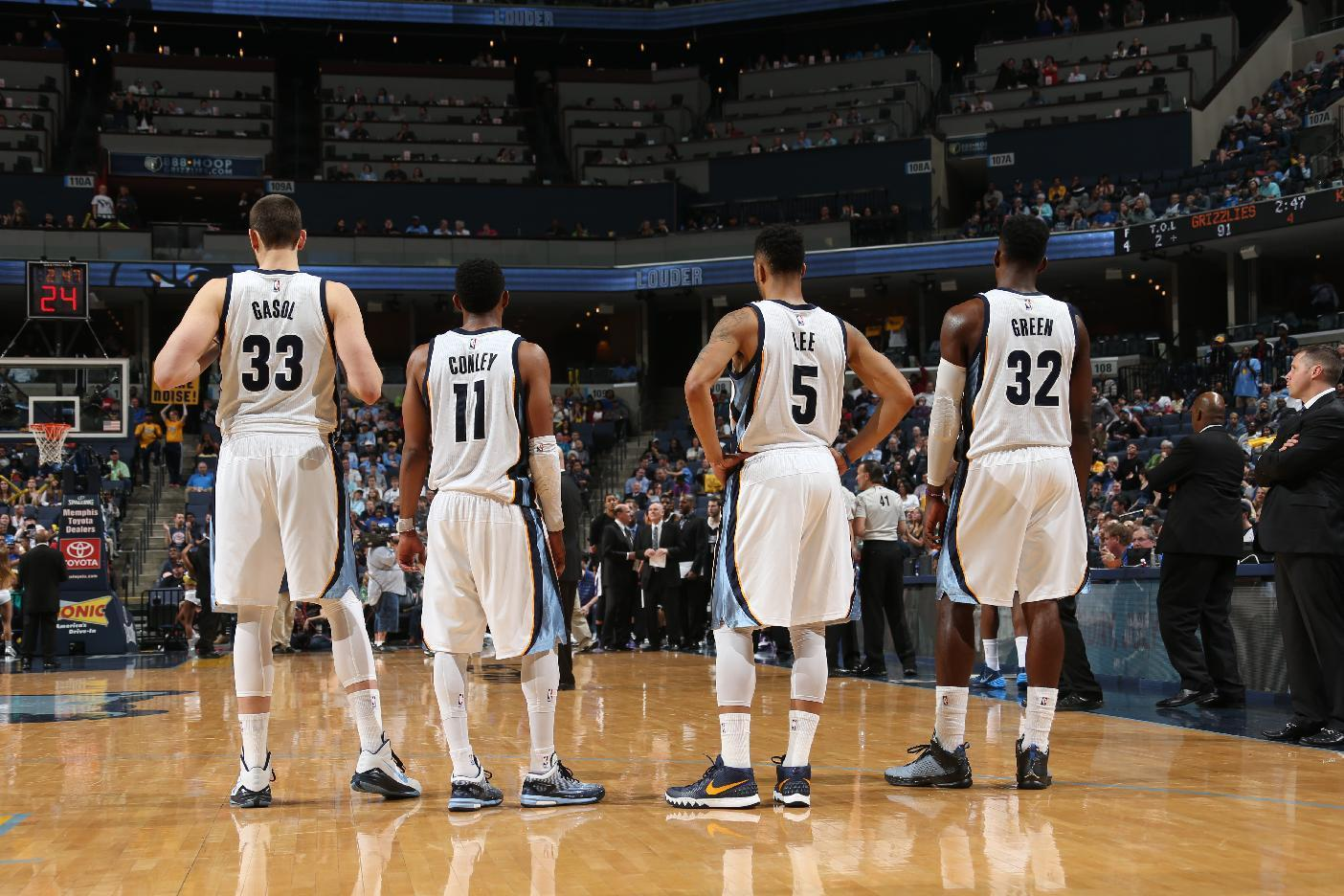 Grizzlies beat Kings 97-83 to end three-game skid