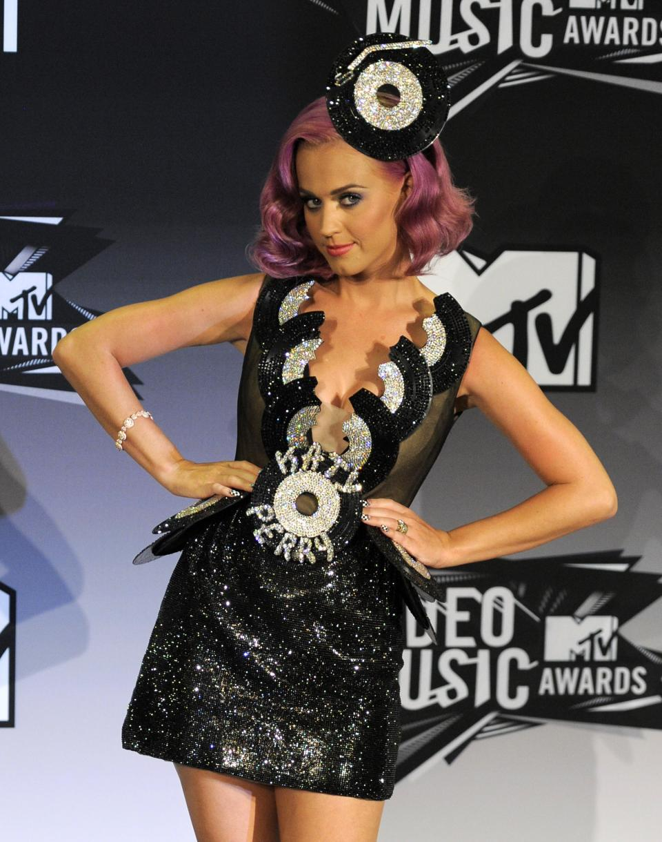 Katy Perry poses backstage at the MTV Video Music Awards on Sunday Aug. 28, 2011, in Los Angeles.(AP Photo/Chris Pizzello)
