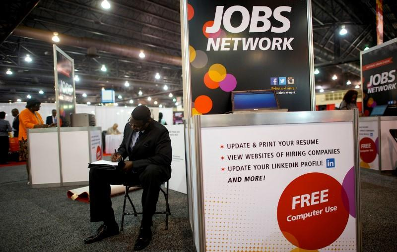 U.S. data offers hope for manufacturing; jobs market steady