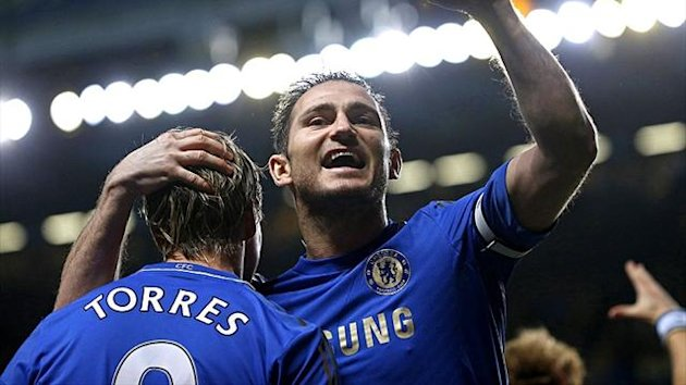 Chelsea&#39;s Frank Lampard celebrates with Fernando Torres (Reuters)