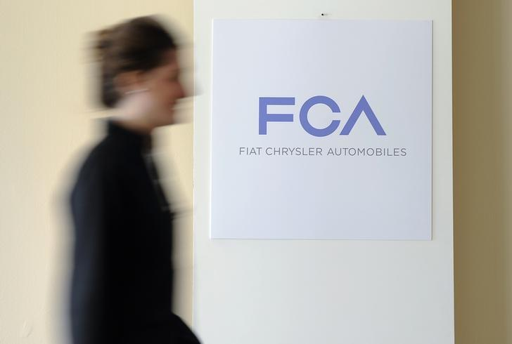 Fiat Chrysler offers $100 debit cards to owners of recalled U.S. vehicles
