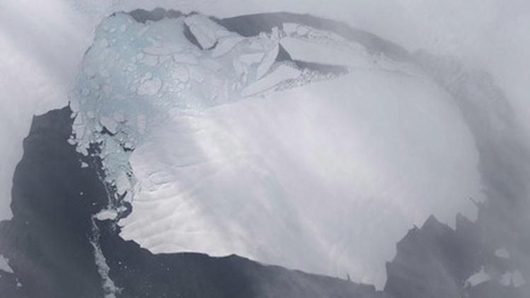 NEW ICE-LAND IN ANTARCTICA