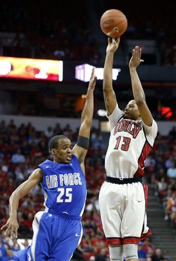 UNLV beats Air Force 72-56 in MWC tournament