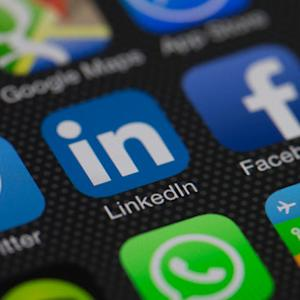 LinkedIn, Twitter and the Collapse of High-Flying Stocks