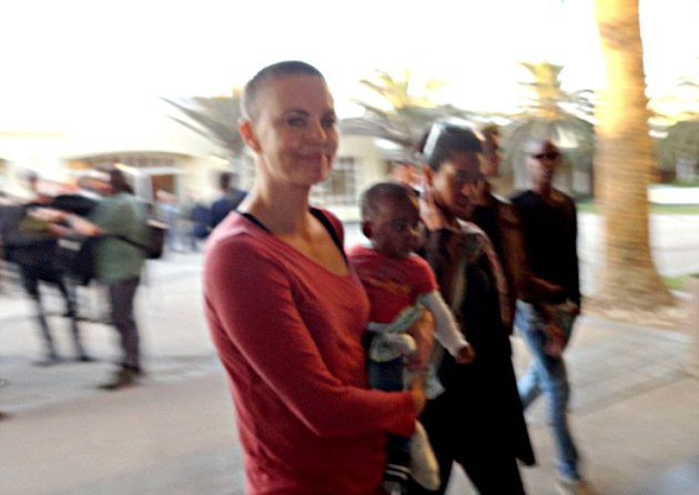 Charlize Theron's Shaved Off Her Blonde Hair! First Look At Her Buzz Cut