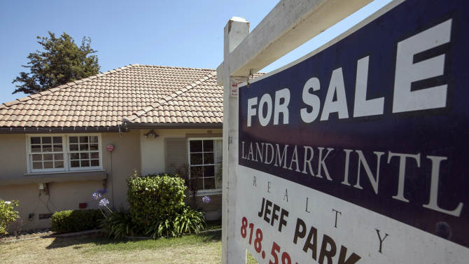 Average US rate on 30-year mortgage at 4.58 pct.