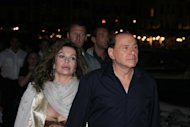 Accordo in vista per il divorzio tra Berlusconi e Veronica Lario