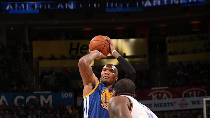 Speights scores 28 as Warriors hold off Thunder