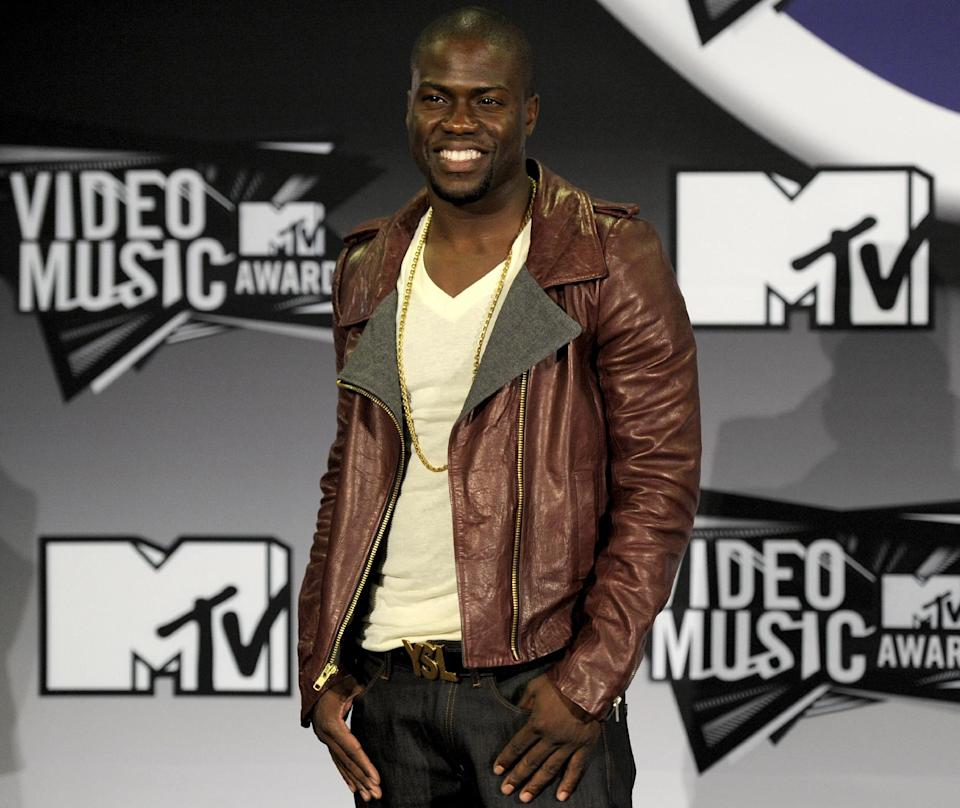 FILE - In this Aug. 28, 2011 file photo, Kevin Hart poses backstage at the MTV Video Music Awards in Los Angeles. It was announced on Wed., Aug. 8, 2012, that Hart will host the MTV Video Music Awards on Sept. 6 at the Staples Center. (AP Photo/Chris Pizzello, File)