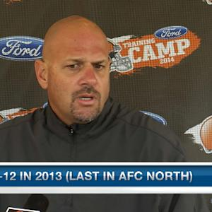 Cleveland Browns head coach Mike Pettine gives updates on Day 3