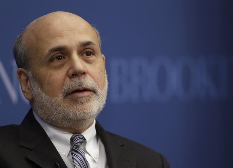 Bernanke says student debt no threat to U.S. financial system