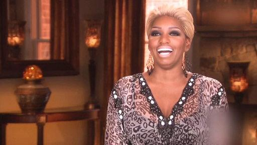 NeNe Leakes Throws Shade at Phaedra