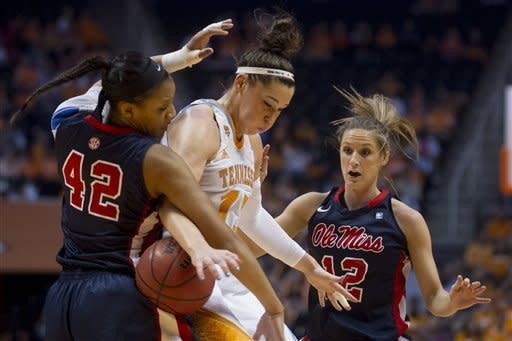 No. 12 Tennessee women roll past Mississippi 97-68