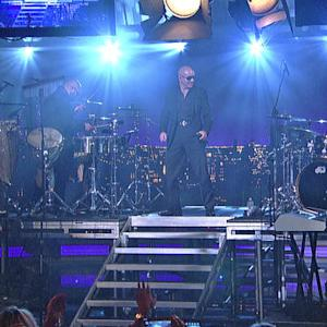 Live On Letterman - Pitbull: Hey Baby