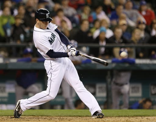 Bay lifts Mariners to win with RBI hit in 13th