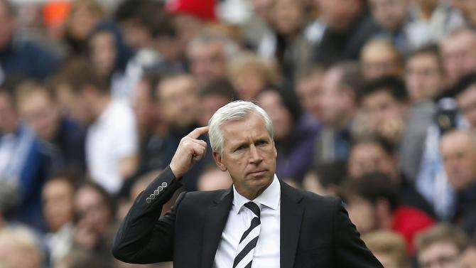 Newcastle United manager Pardew reacts during their English Premier League soccer match against Hull City at St James' Park in Newcastle